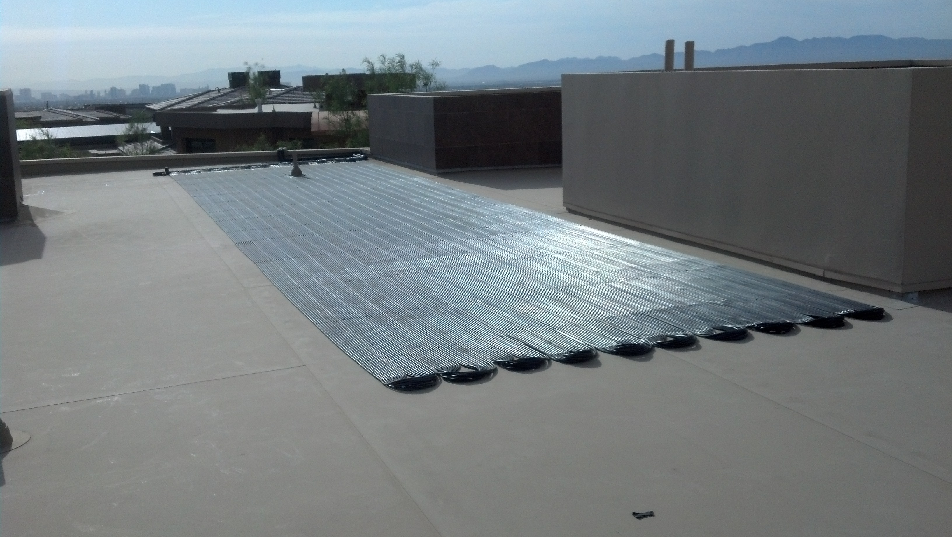 Las Vegas Flat Roof Solar System Suntopia Solar Pool Heating